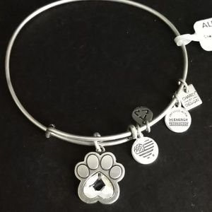 "ALEX AND ANI ""PRINTS OF LOVE II"" IN SSILVER NWT!!"